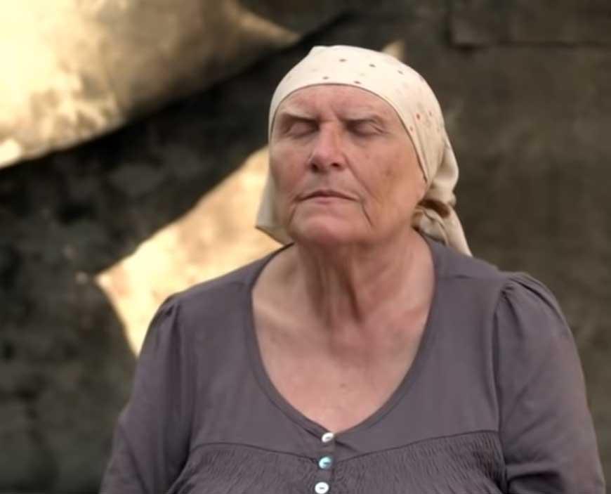 слепая-баба-нина-ясновидящая-из-сериала