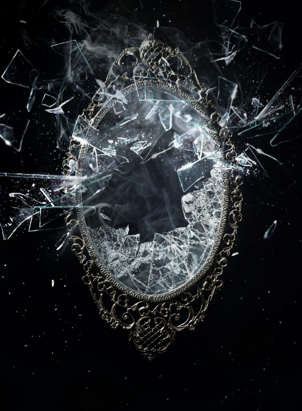 разбитое зеркало приметы